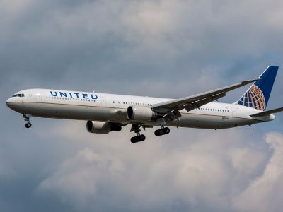 A United Airlines jet narrowly missed a drone just before landing at Newark Liberty International Airport