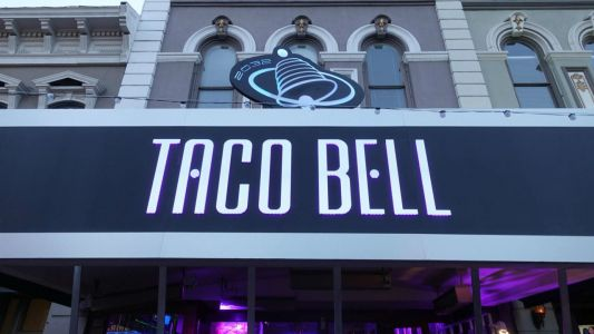 The Craziest SDCC 2018 Moments: Taco Bell, Castle Rock, Star Wars, And More