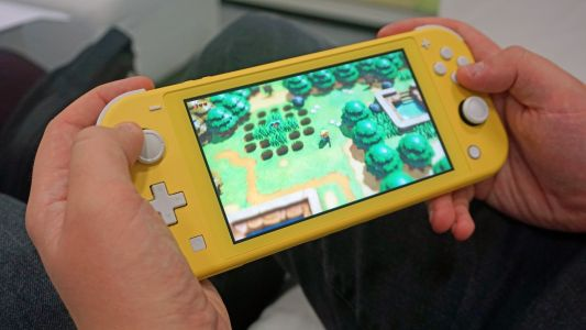 The Nintendo Switch Lite cannot output to a TV - even with hacks and mods