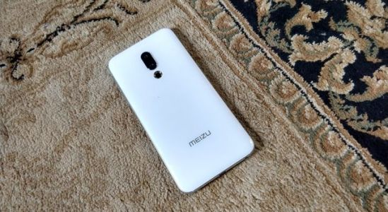 Meizu 16th: Unboxing and First Impressions
