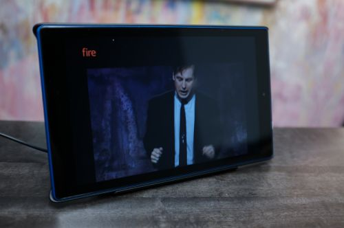 Amazon's Show Mode Dock makes the Echo Show mostly unnecessary