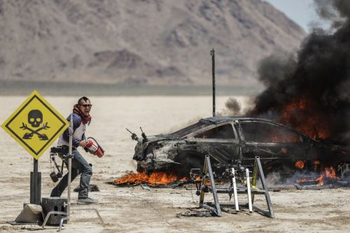 'Mythbusters' reboot comes to Science Channel on November 15th