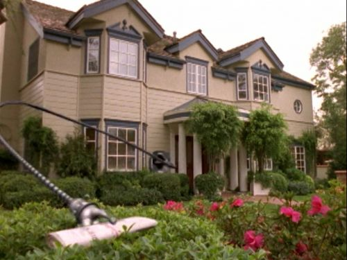 Disney's 'Smart House' came out in 1999 - here are all the technologies from the movie that we're actually using two decades later