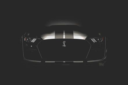 The snake escapes: Ford's 700-hp Mustang GT500 slithers online ahead of schedule