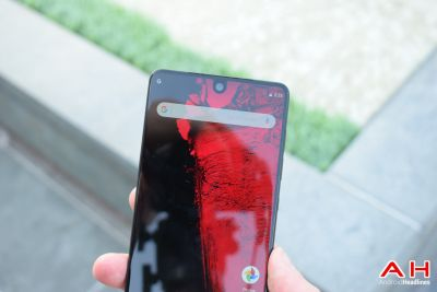 Hands On With the Essential PH-1