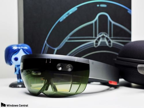 Microsoft patent hints HoloLens 2 could pack double the field of view