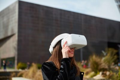 DJI's $449 FPV goggles can control a drone with head movement