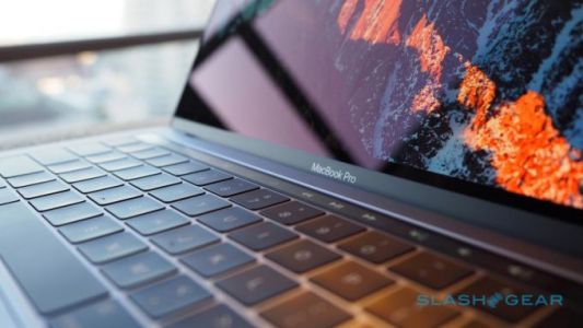 MacBook Pro flexgate shows Apple might be losing its touch