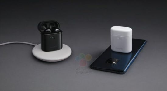 You'll be able to wirelessly charge Huawei's new earbuds with a Mate 20