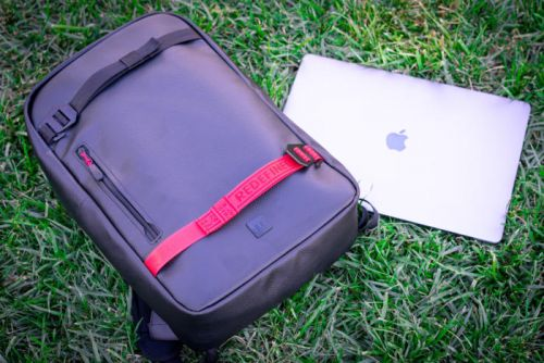 Douchebags Scholar laptop backpack review: This is one Douchebag you'll want to be seen with