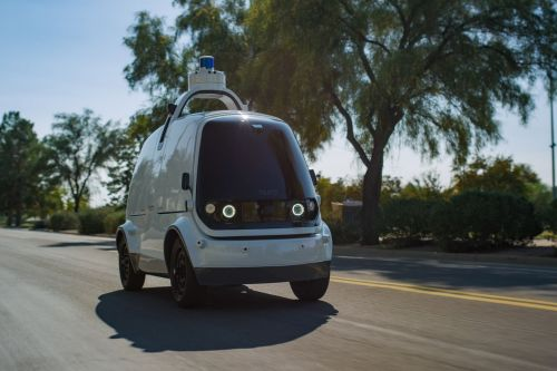 Robot delivery startup Nuro raises nearly $1 billion from SoftBank