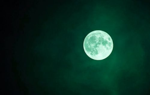 Green moon hoax will leave many disappointed tonight