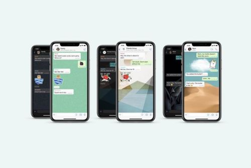 How to set a custom wallpaper for different WhatsApp chats