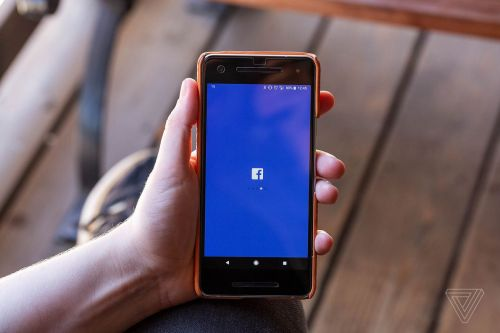 Facebook is adding a Quiet Mode that silences push notifications on mobile