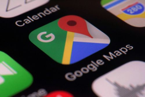 Google Maps will now suggest a parking spot when you're close to your destination
