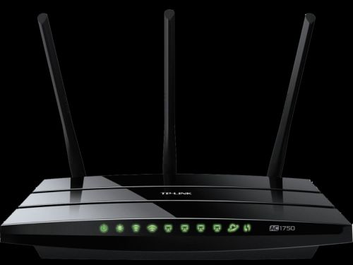 We help you decide between TP-Link Archer C7 and Linksys EA6900 routers