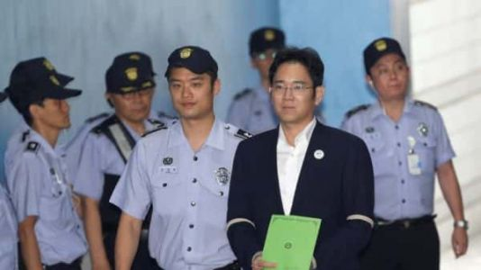 Samsung Heir Sentenced To 2.5 Years In Prison For Bribery