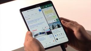 First Impressions of the Galaxy Fold Are Cautiously Optimistic