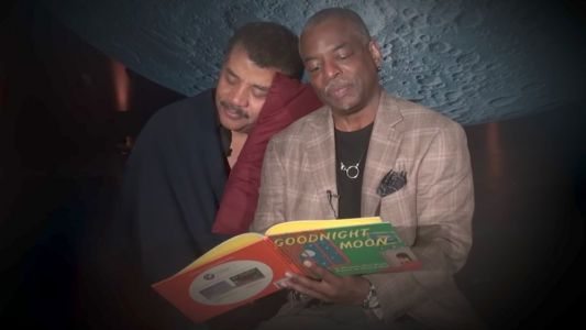 Watch READING RAINDOW's Levar Burton Read GOODNIGHT MOON To Neil Degrasse Tyson