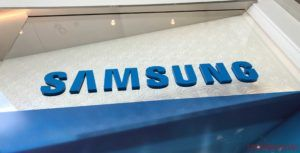 Samsung patent shows off phone with wraparound display