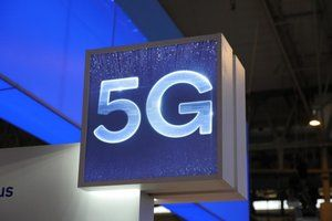 U.S. consumers are buying 5G phones even if they don't have coverage yet