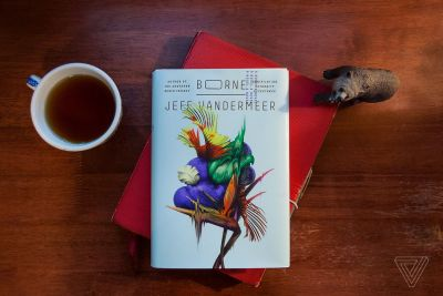 Jeff Vandermeer's new novel Borne is all about intelligent biotech and flying bears