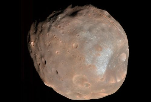 There's electricity on the Martian moon Phobos, and it's driving scientists nuts