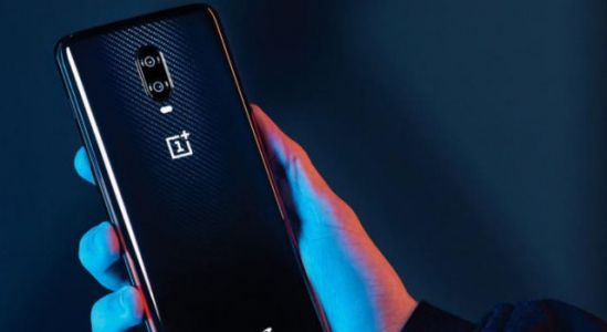 OnePlus 6T McLaren edition now available in the United States and Europe
