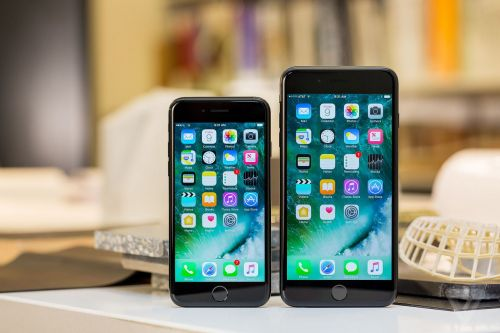 Qualcomm wins court injunction banning Apple from importing older iPhones in China