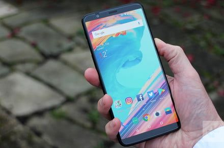 Honor View 10 vs. OnePlus 5T: Which midranger reigns supreme?