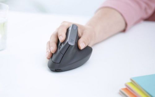 Logitech's new MX Master mouse boldly goes where no hand has gone before