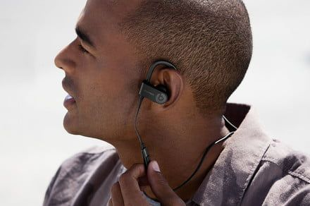 Work out in style with the Powerbeats3 earphones, now 40% less on Amazon