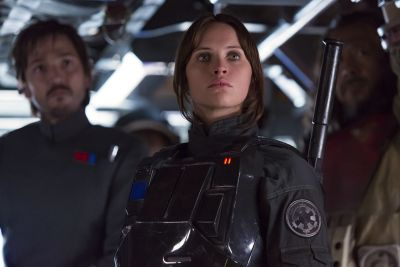 Watch how The Force Awakens and Rogue One use their characters differently