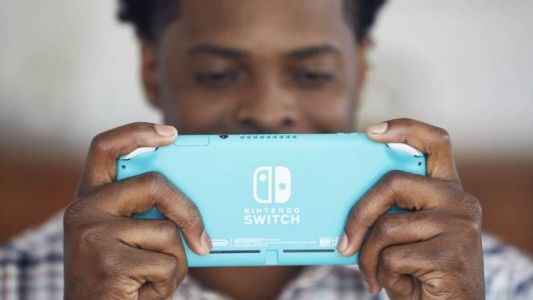 Nintendo Switch Lite vs Switch - Which is the right one for you