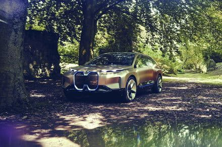 Exclusive: BMW will offer up to 25 electrified vehicles by 2025, 12 will be EVs