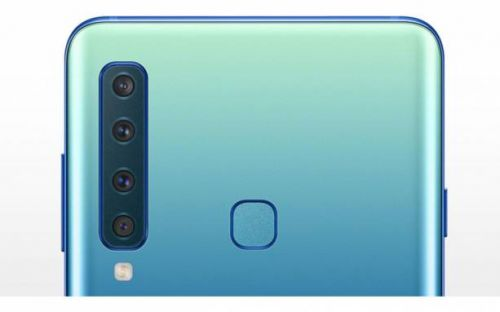 Galaxy Note 10 might vaguely resemble an iPhone XS Max