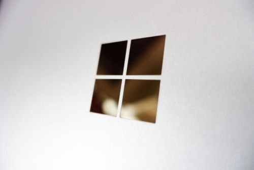 Microsoft offers to kill more bloatware with a new Windows 10 build