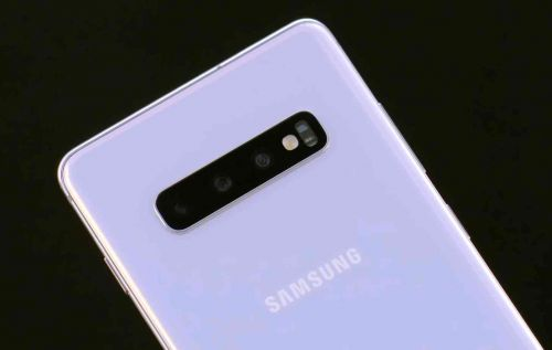 Samsung Galaxy S10+ tops DxOMark's selfie rankings, ties for best rear camera performance