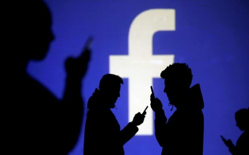 Facebook bug exposes millions of  private photos