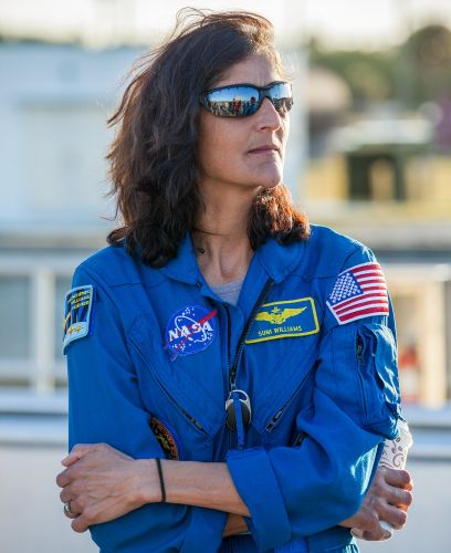 This veteran NASA astronaut has tried SpaceX and Boeing's new spaceships and spacesuits - here's what she thinks
