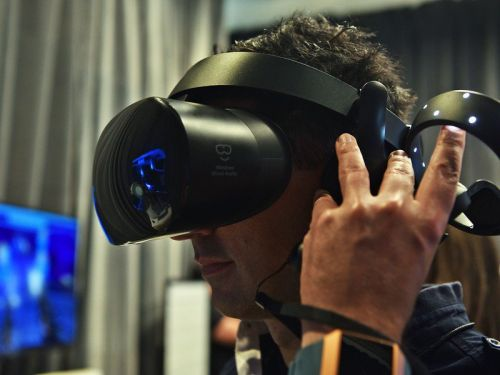 2019 has made Windows Mixed Reality even cheaper