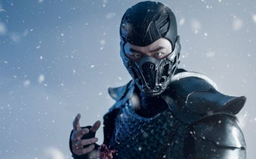 This Sub-Zero Cosplay Looks Straight Out Of A Mortal Kombat Movie