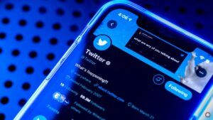 Twitter reportedly prepping 'Blue' subscription with undo tweets feature