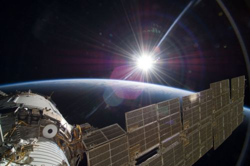 Save the International Space Station and give it to the private sector