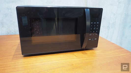Amazon's Alexa-powered microwave is pretty unnecessary