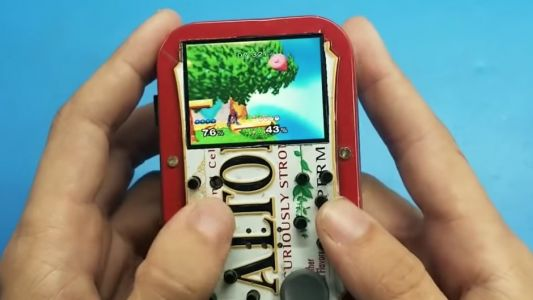 Someone Made A Fully Functioning Nintendo Wii Inside A Mint Tin