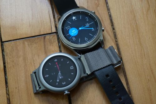 Android Wear vs. Samsung Gear: Which smartwatch should you buy?