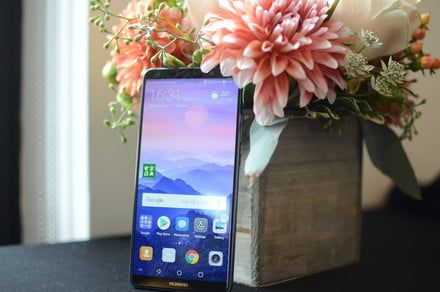 Honor View 10 versus Huawei Mate 10 Pro: A battle of David and Goliath