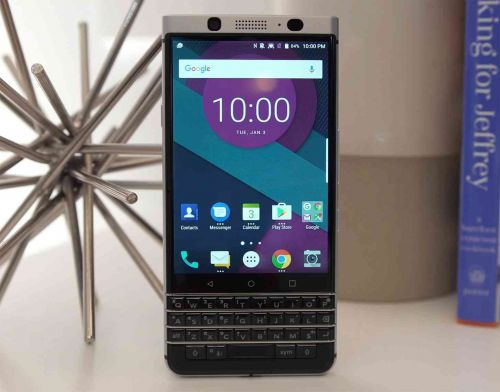 BlackBerry KEYone gets a holiday discount