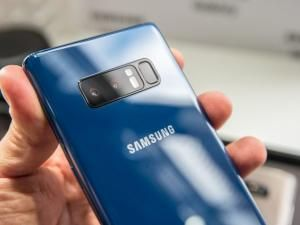 """Experts"" Predict Galaxy S9 and Note 9 WON'T Save Samsung In 2018"